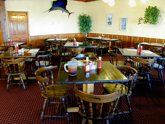 Dining Room  at Captain Joe's Seafood, Brunswick, Georgia